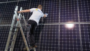 Upcoming solar eclipse to wreak havoc on Germany's solar power output