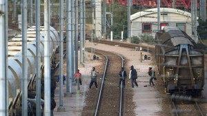 Young migrant dies trying to get through Eurotunnel to Britain