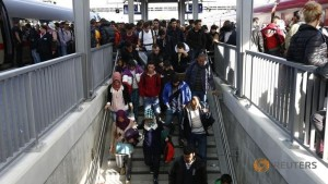 Refugee crisis to cost Austria one billion euros in 2016: Ministry